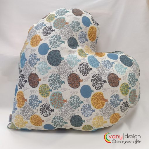 Декоративна възглавница  Сърце - десен: разноцветни дръвчета Vany Design