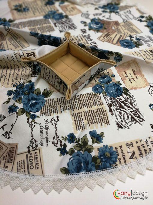 Кръгла покривка за маса - Сини Рози с Дантела