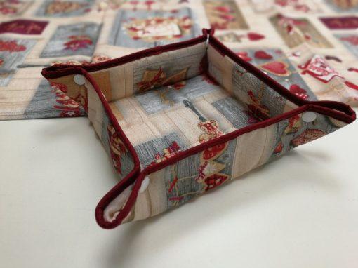 Кръгла покривка за маса - Коледна серия Love X-mas - Vany Design