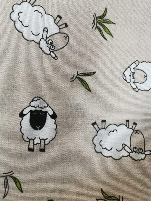 Покривка за маса Модел 1 – Овчица vany design