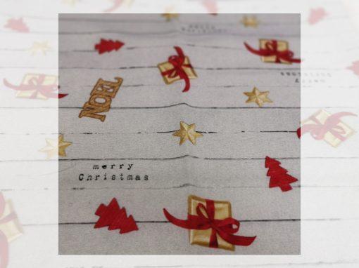 Декоративна възглавница с пълнеж - Коледни подаръци
