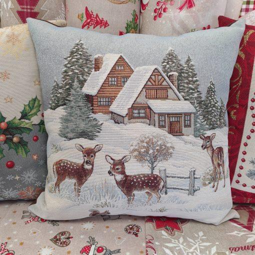 Коледна-декоративна-възглавница-снежна-приказка