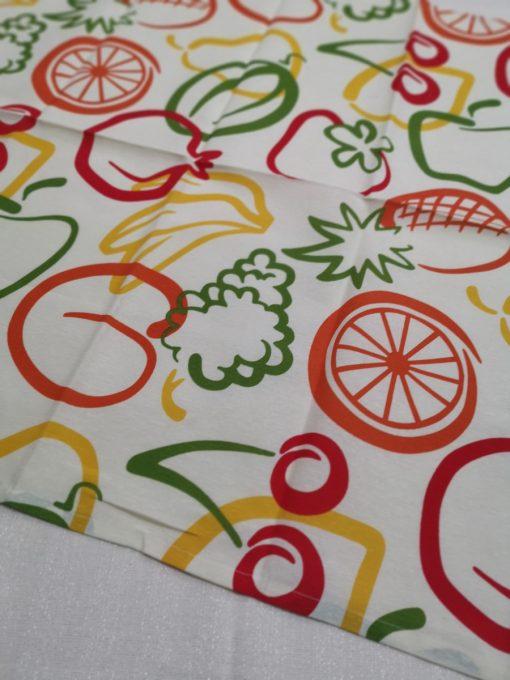 Правоъгълна покривка за маса 70/130 Графични зеленчуци Vany Design